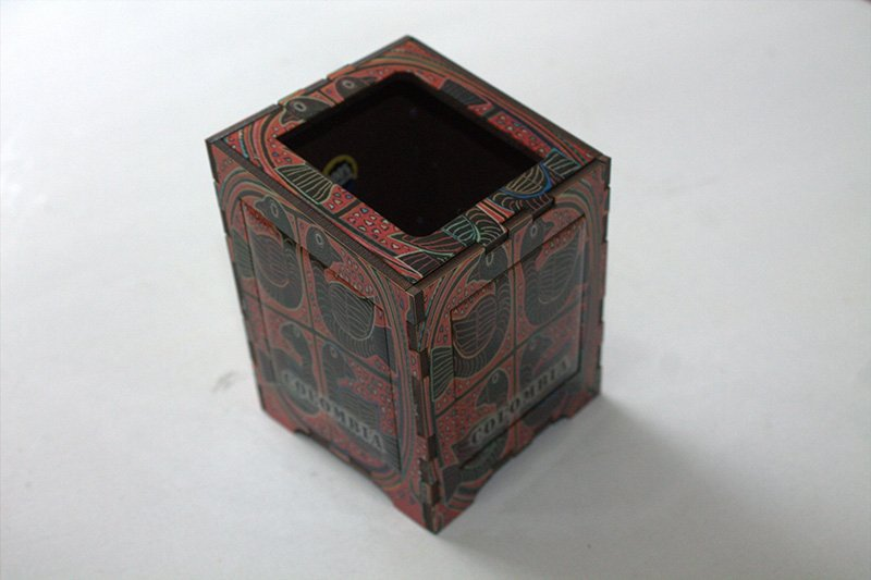 Portalapiz figura mola resinada c3009 arte y artesanias colombianas 001_800_Arte_y_Artesanias_Bogota
