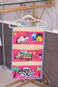 Tapiz en yute c104006 arte y artesanias colombianas 001 No.1_800_Arte_y_Artesanias_Bogota